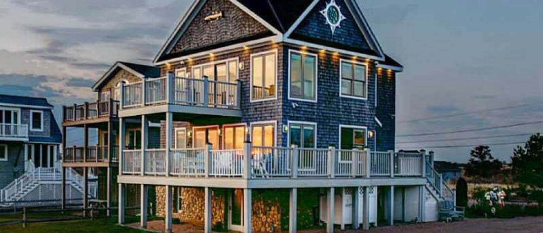Coastal Living Gallery: fine arts, interior design and decorating, architecture, real estate professionals